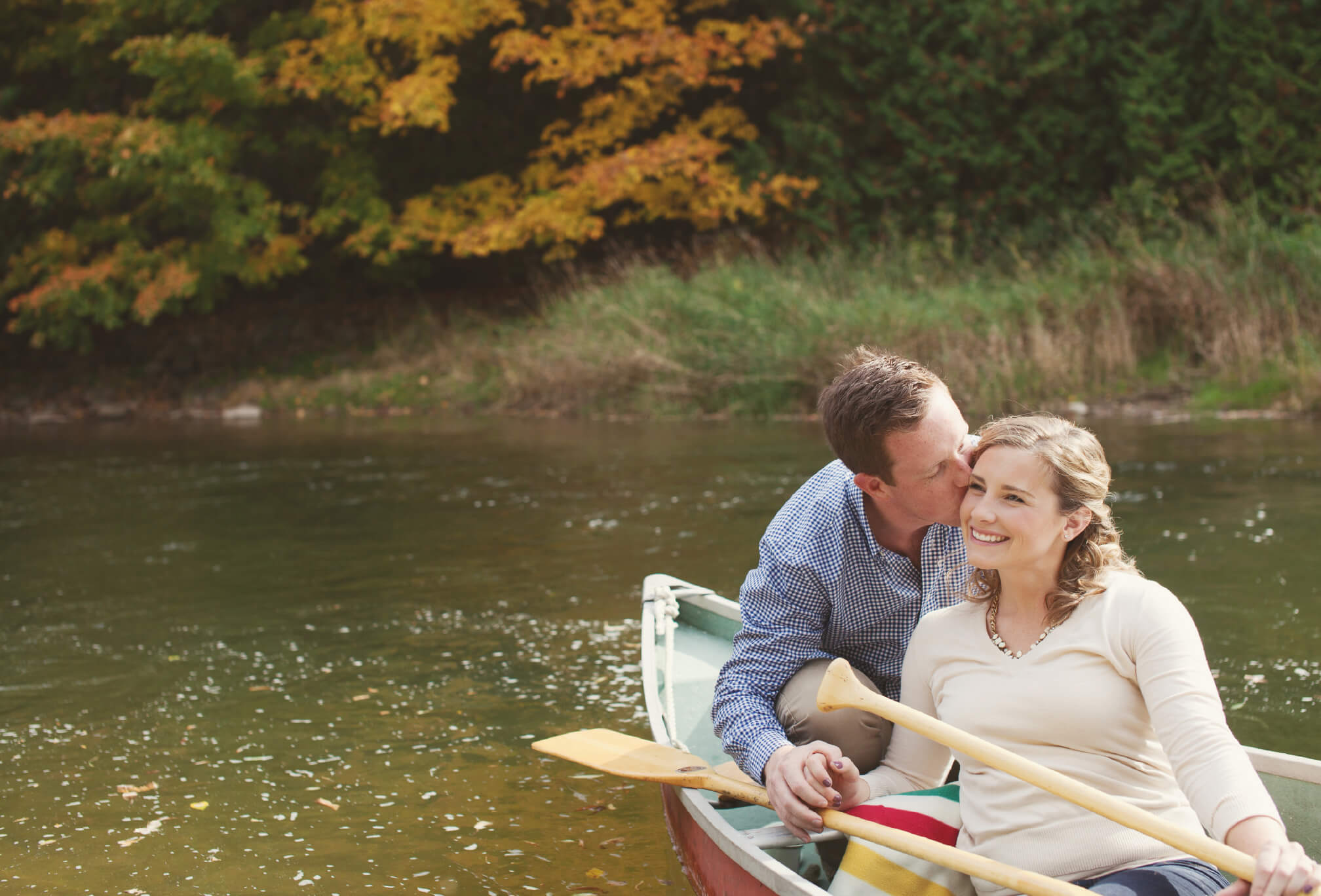 canoe engagement session