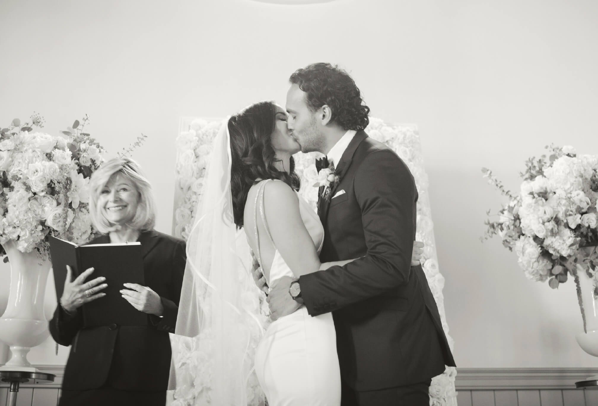 first kiss kleinburg chapel