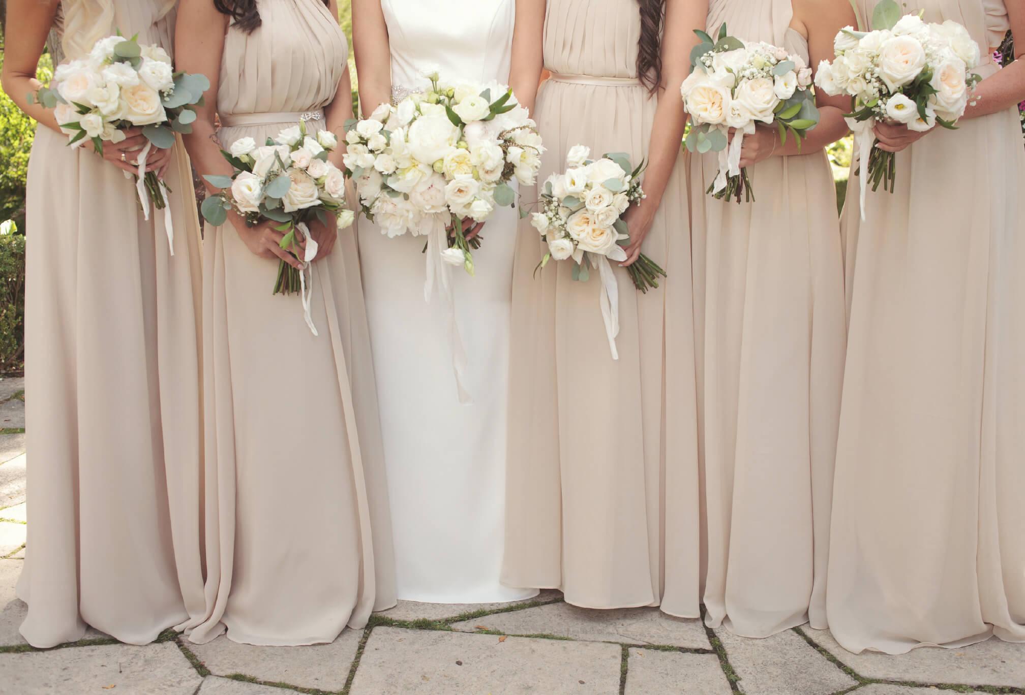 bridesmaids details bouquets