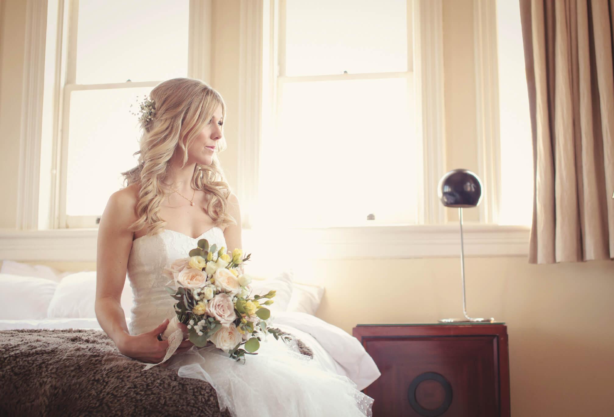 bride getting ready gladstone hotel