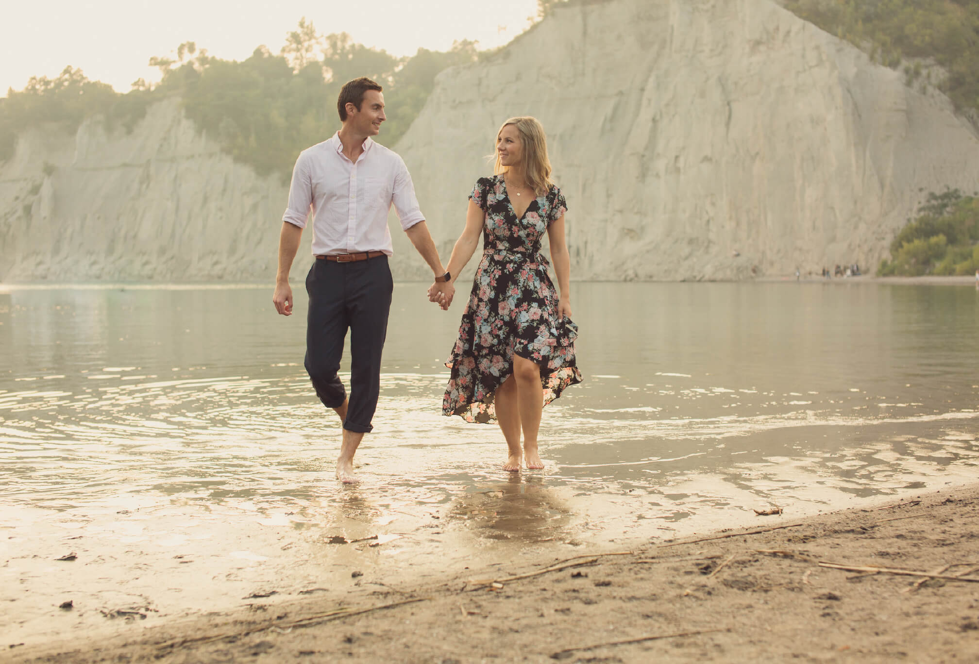 beach and scarborough bluffs engagement