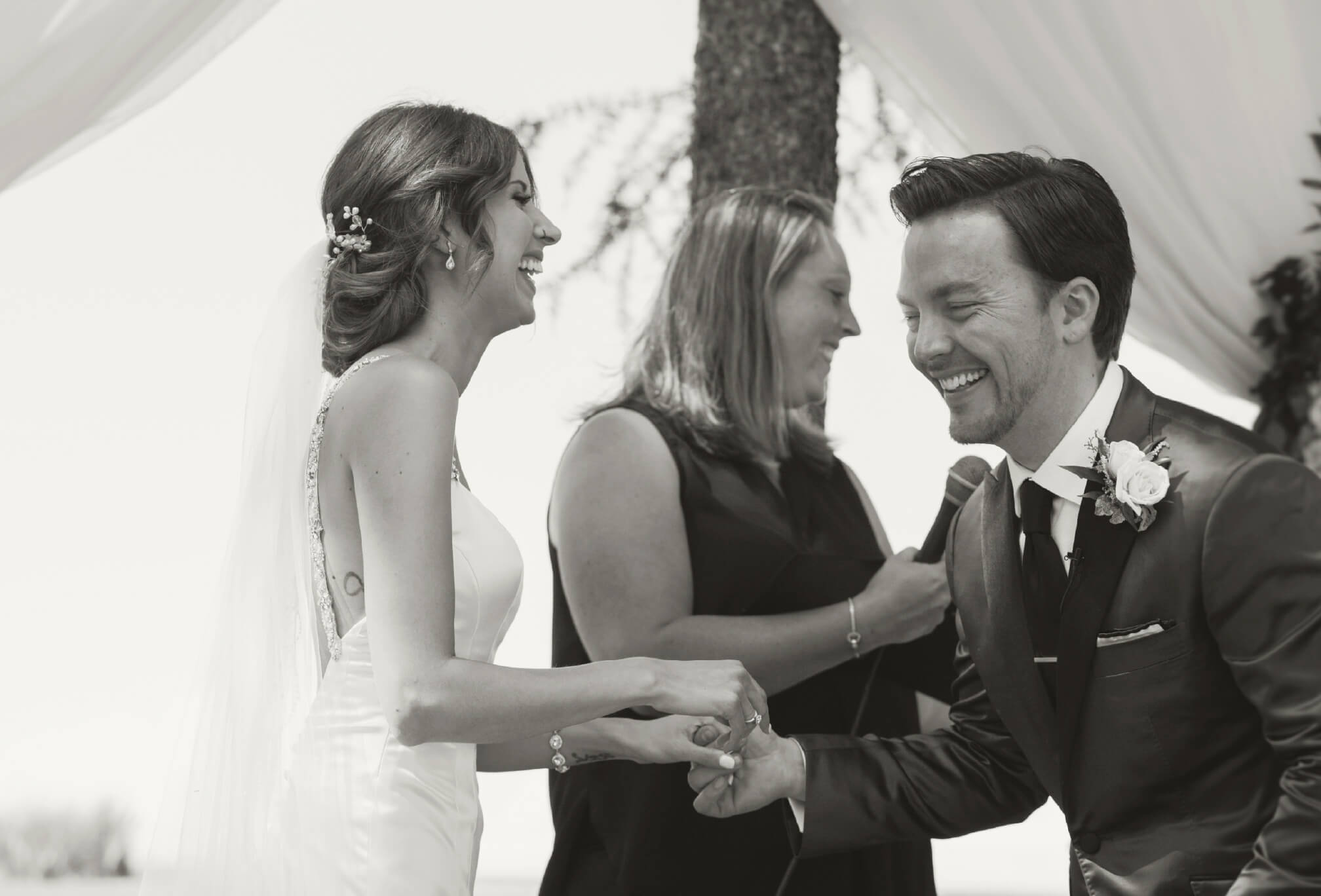 outdoor ceremony candid moments