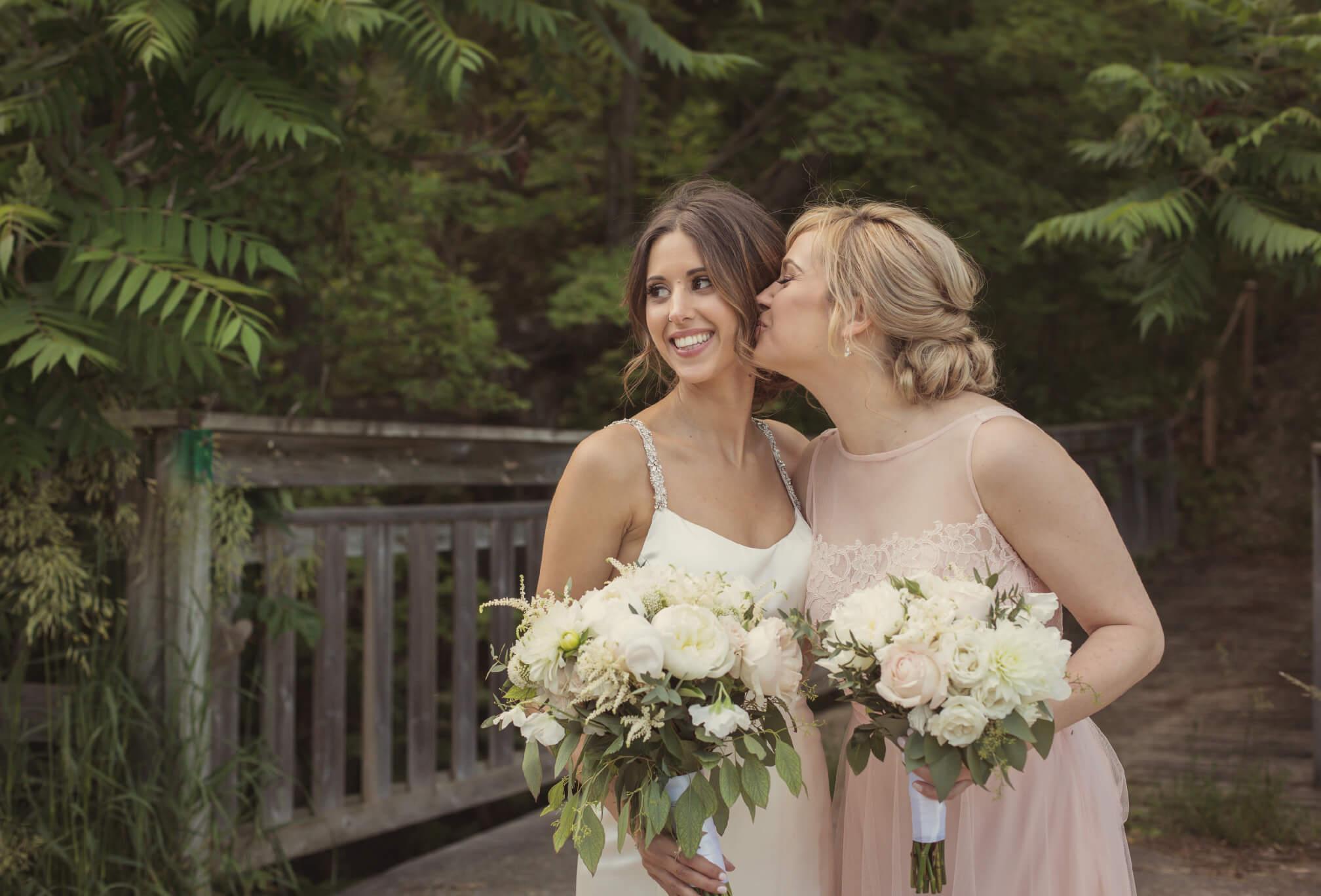 bridesmaids candid moments