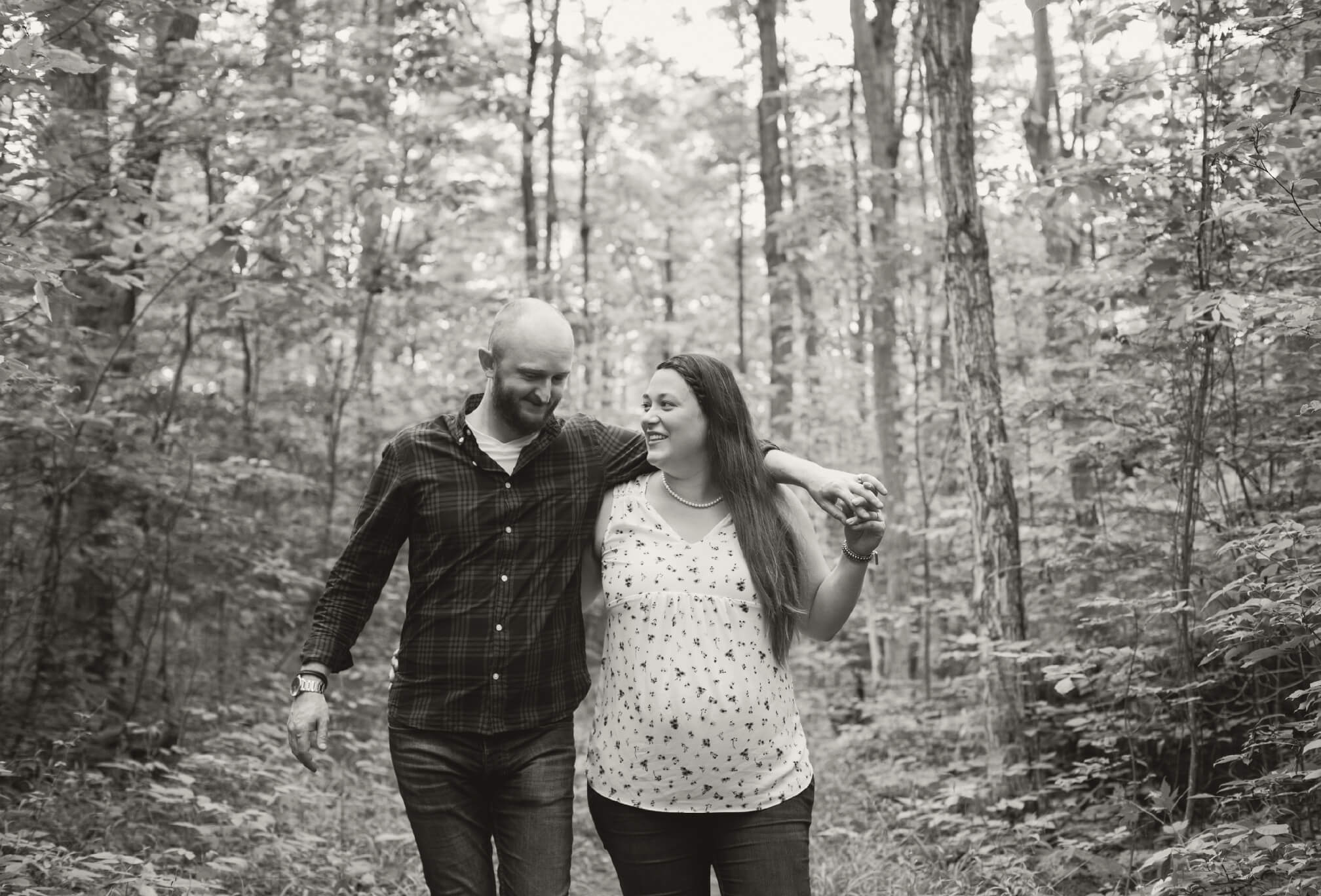 maternity pregnancy session in the forest