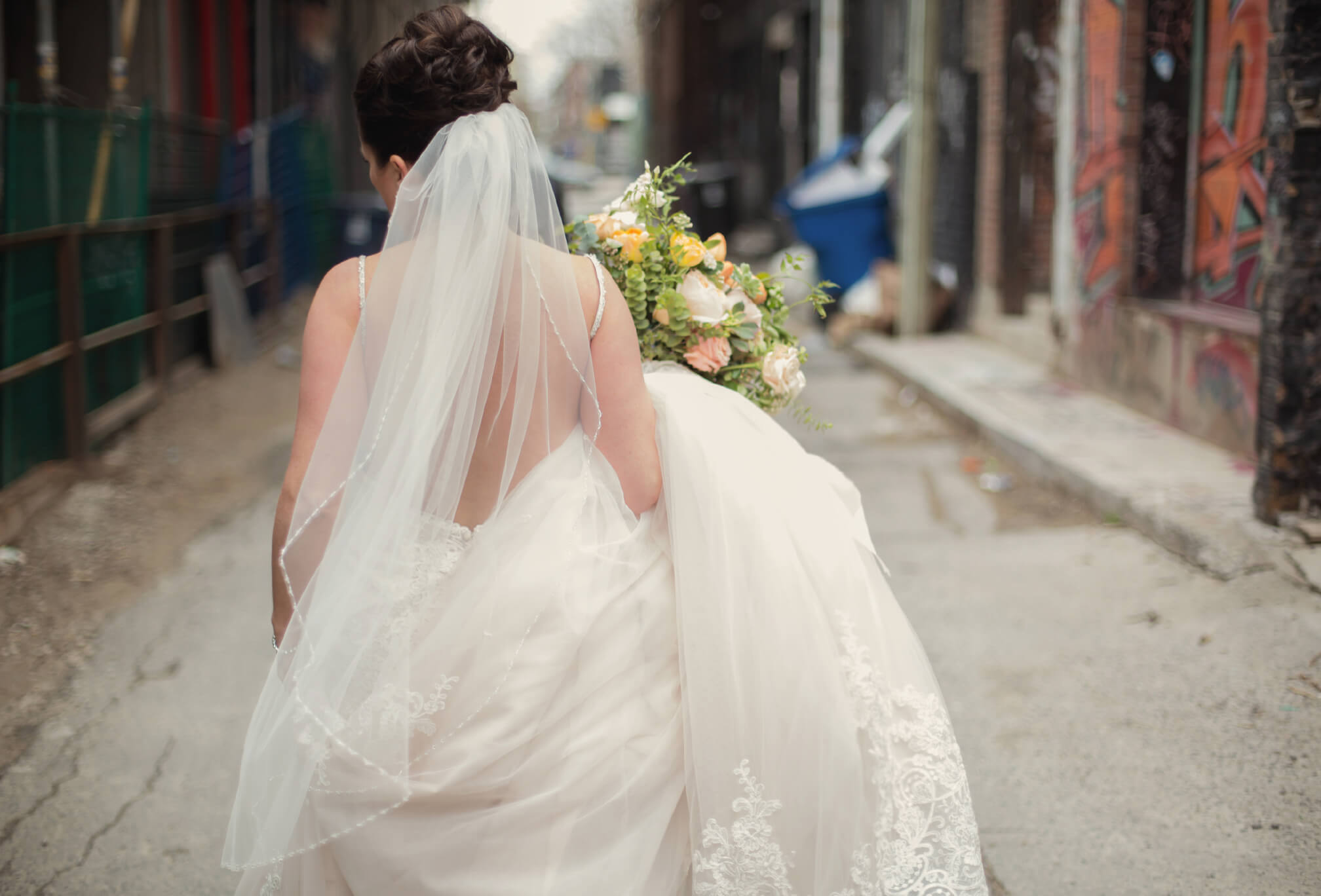 bride in alleyway toronto
