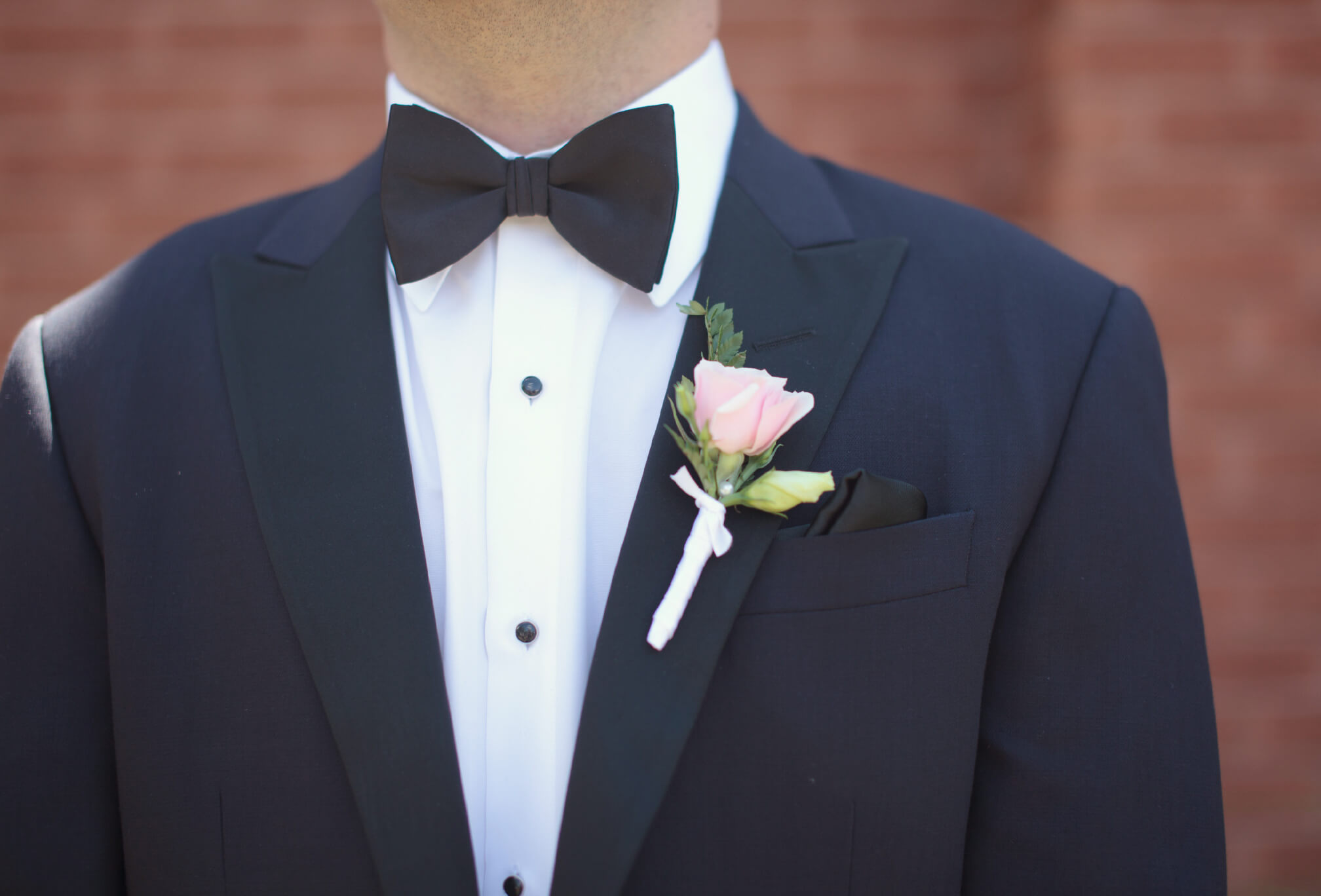 groom bowtie style