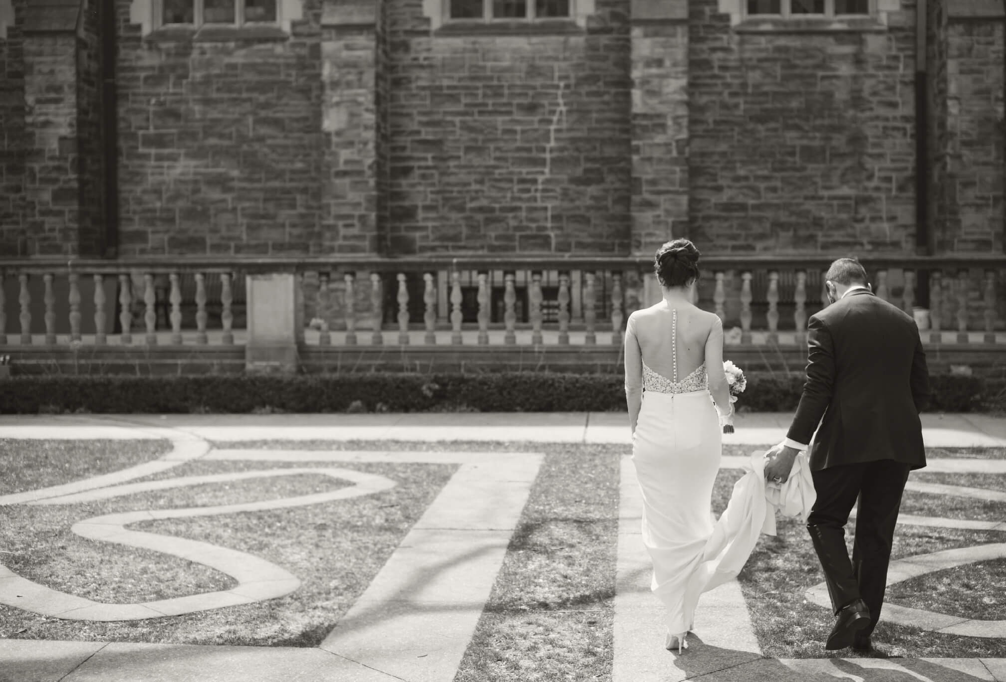 bride and groom at trinity college toronto