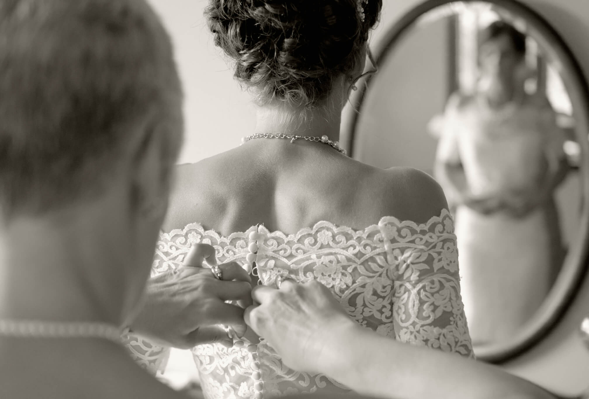 bride getting ready black and white collingwood