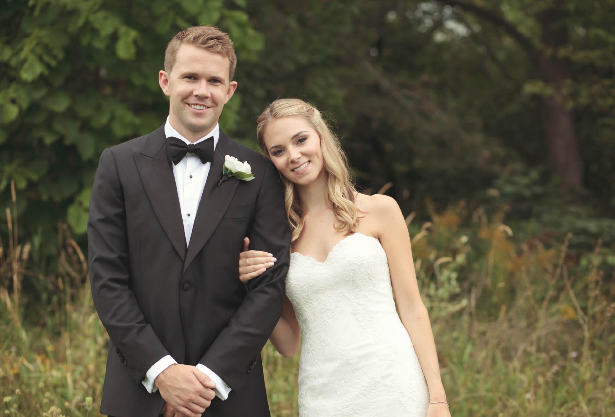 bride and groom craigleith ski club collingwood