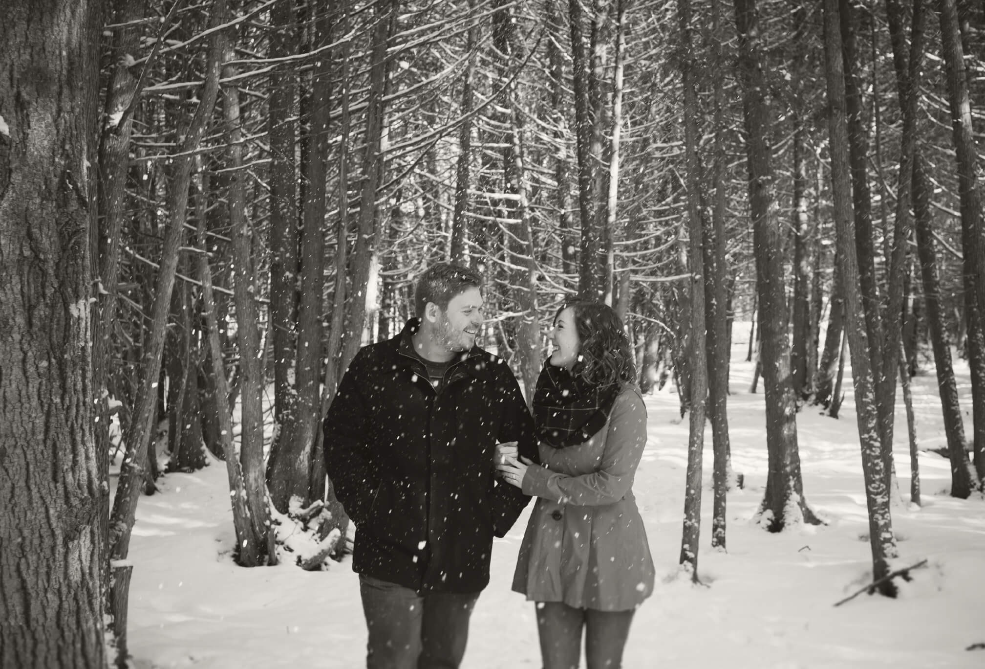 walking in winter engagement session blue mountains