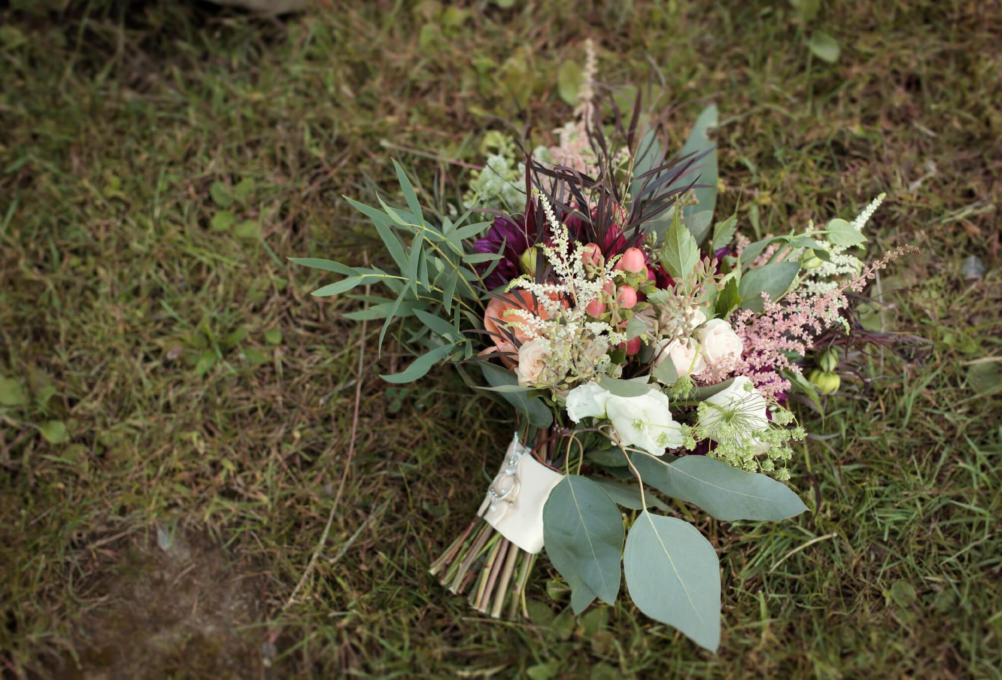 cottage wedding bouquet