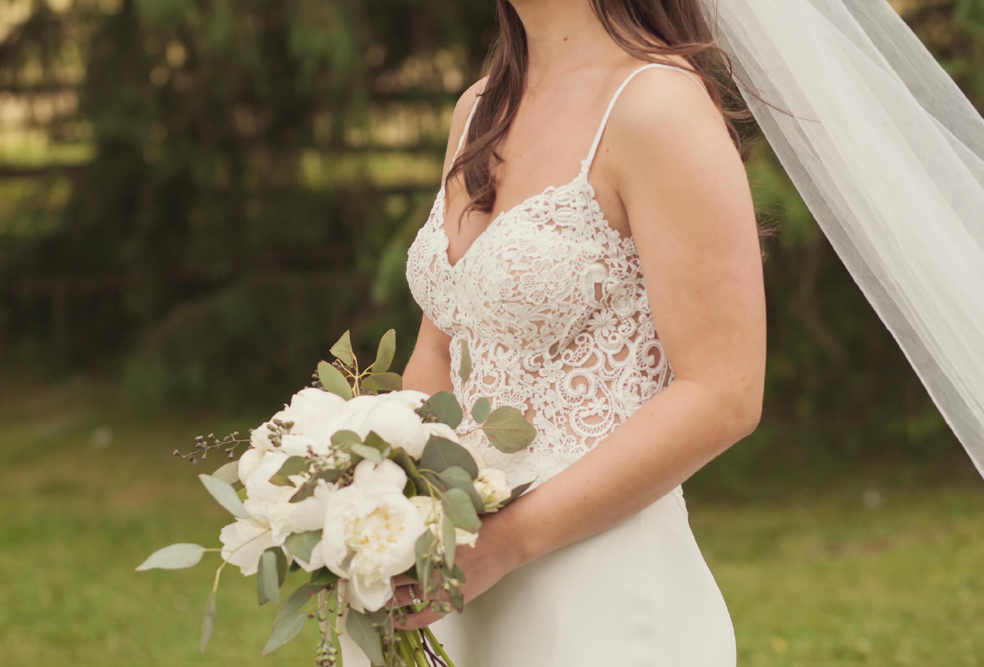 lace dress bride details