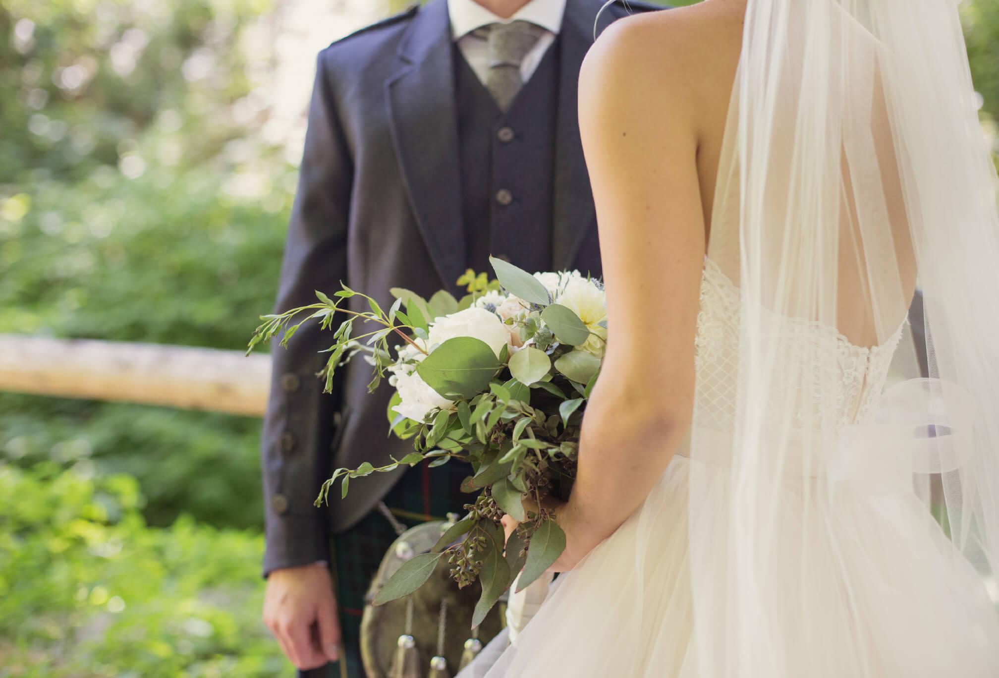 bride and groom ravine toronto