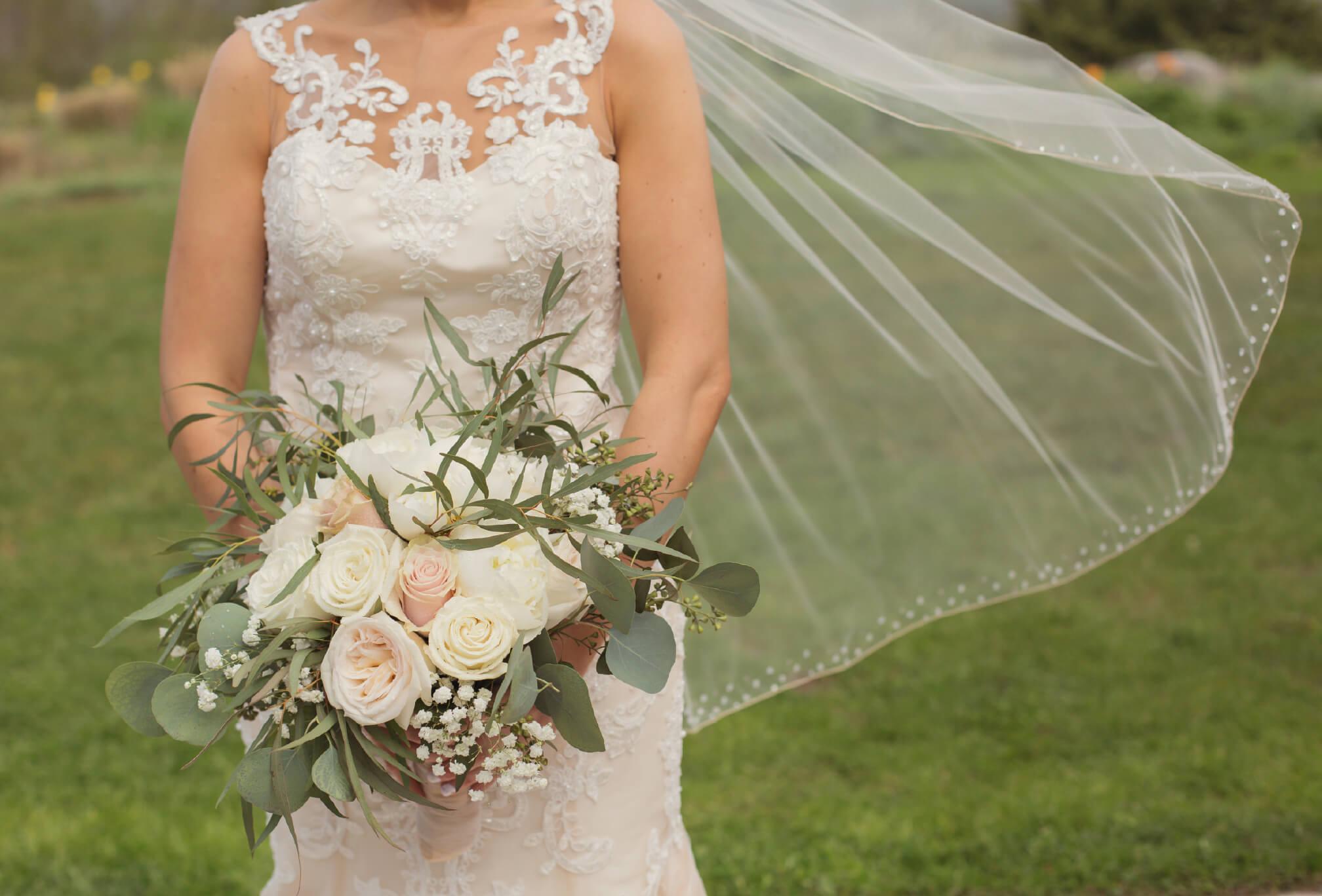 lora bay bride thornbury