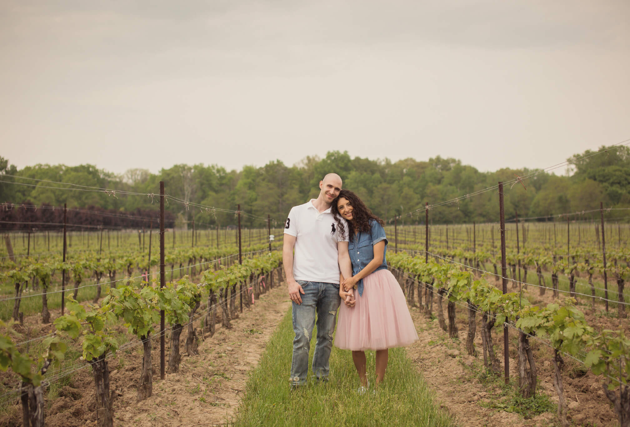 two sisters winery engagement pics