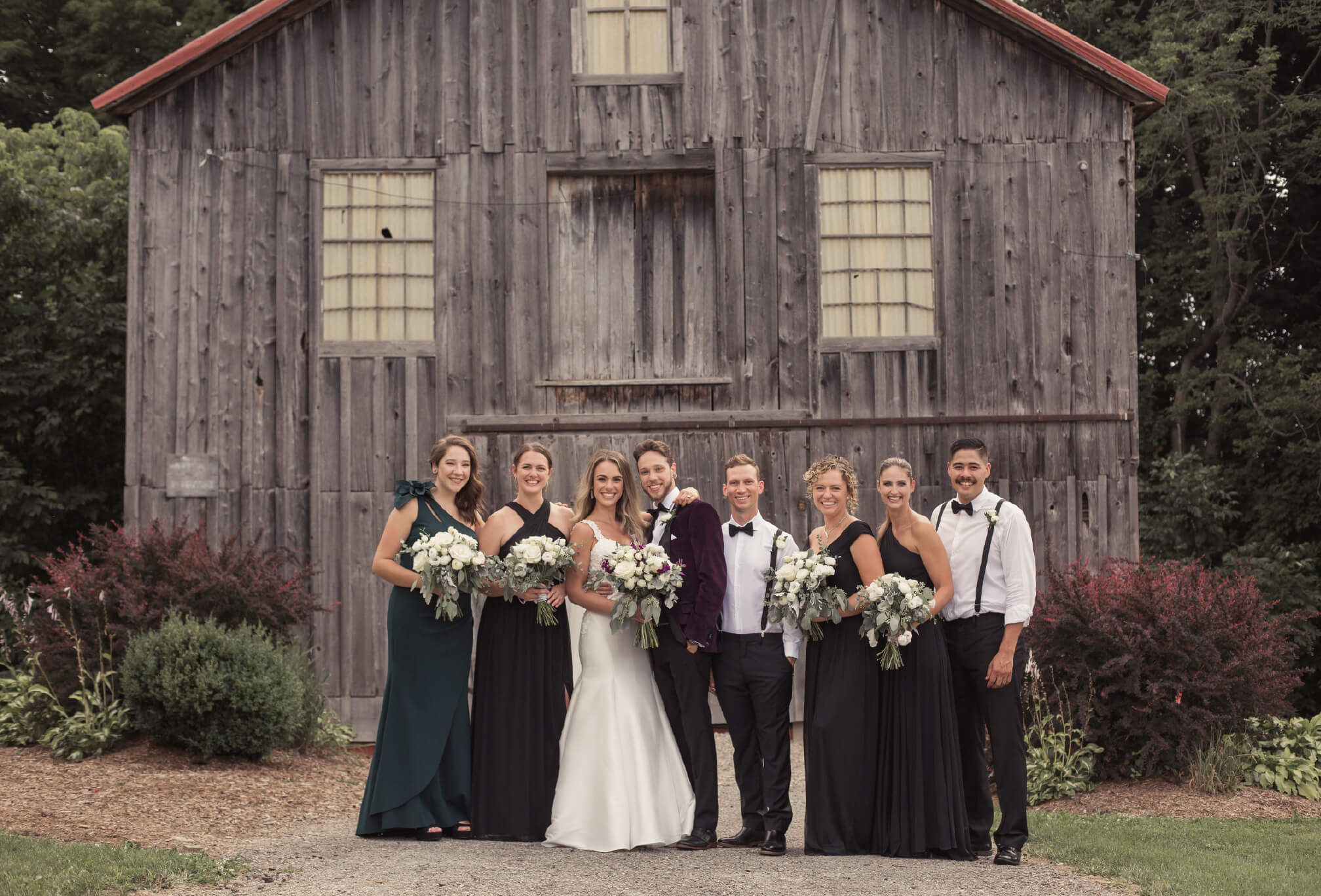 bridal party photos walters falls inn ontario